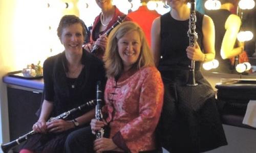 Duo- en Trio klarinetlessen in Rotterdam Centrum. Beginners en meer gevorderden! De inspirererende en gezellige muzieklessen worden gegeven door klarinettiste Paula Pantín