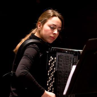 accordeonles Den Haag, Rotterdam Elisa van Kesteren, accordeon leraar Den Haag Rotterdam