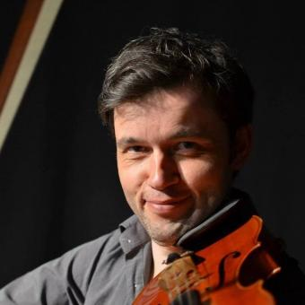 Michal Buczkowski - Violin teacher The Hague Ypenburg and Leiden area.. Music fun for all ages!