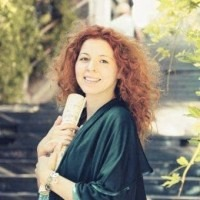 Private singing lessons in Scheveningen The Hague -  French Chanson - Classical - Danijela Junge - Vocal coaching.