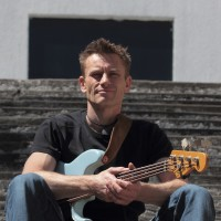 Bass guitar lessons in Utrecht - Erwin Willemse - All levels and ages welcome