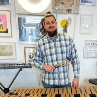Marimba- Vibrafoon - Drumles in Den Haag - percussion en klassiek slagwerkles - Konstantyn Napolov - Vivaldi Music Lessons