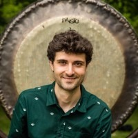 Drumles in Rotterdam voor volwassenen en jongeren! Gratis proefles! Beginners en gevorderden. Jazz Pop Rock Latin - Martin Hafizi