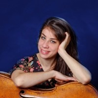 Sylvia Cempini - Celloles Scheveningen Statenkwartier voor jong en oud! Plezier in muziek voorop!